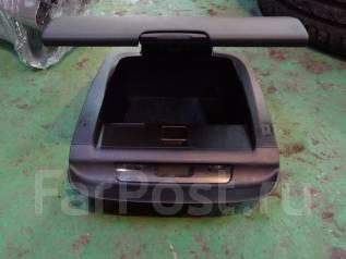 Крышка бардачка. Subaru Forester, SG