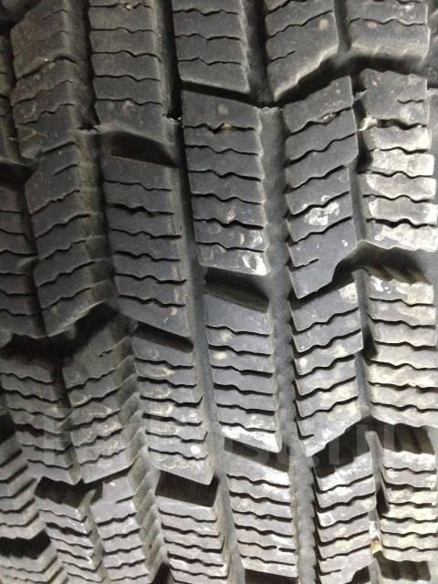Goodyear Ice Navi Zea. Зимние, 2011 год, износ: 5%, 4 шт