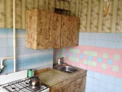 3-комнатная, улица Орехова 42. Ленинский, частное лицо, 68,0кв.м.