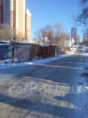 Гаражи кооперативные. улица Знамёнщикова 27, р-н Кировский, 20 кв.м., электричество, подвал.