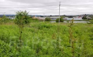 Продам земельный участок на Угольной. 1 200кв.м., собственность, от частного лица (собственник). Фото участка