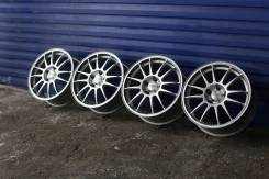OZ Racing Superleggera. 7.0/8.0x17, 5x114.30, ET45/40