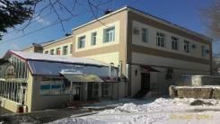 Сдаются помещения под торговые бутики и офисы. Улица Ленинская 13, р-н центр, 220 кв.м., цена указана за квадратный метр в месяц. Дом снаружи