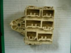 Блок предохранителей салона. Toyota Gaia, SXM15G, SXM15 Двигатель 3SFE