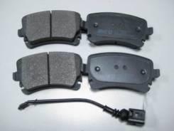 Тормозные колодки задние с датчиком VW Transporter T5 05- Phaeton 02- Remsa 0897.11