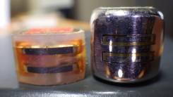 Универсальная и стирающая головки для магнитофона.