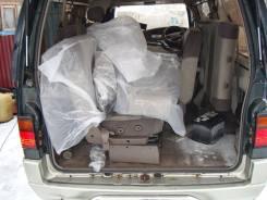 Уплотнитель двери багажника. Nissan Homy, ARE24, AEGE24, KRME24, ARGE24, ARME24, ARMGE24, KEE24, KRE24, KRGE24 Nissan Caravan, ARMGE24, KEE24, KRGE24...
