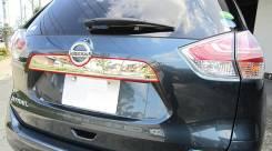 Накладка на дверь багажника. Nissan X-Trail, T32