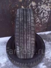 Bridgestone Blizzak Revo. Зимние, без шипов, 2010 год, износ: 10%, 2 шт