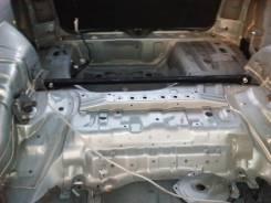 Задняя часть автомобиля. Subaru Legacy Lancaster, BHE, BH9 Двигатели: EJ25, EZ30, EJ25 EZ30