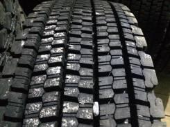 Bridgestone W900. Зимние, без шипов, 2015 год, износ: 5%, 1 шт