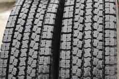 Toyo M919. Зимние, без шипов, 2014 год, износ: 5%, 2 шт