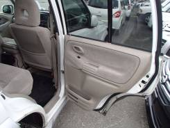 Обшивка двери. Suzuki Escudo, TL52W Двигатель J20A