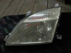 Фара. Toyota Nadia
