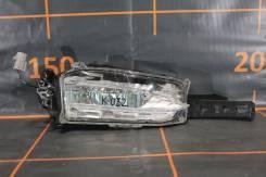 Фара противотуманная. Lexus NX200