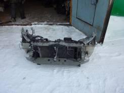 Рамка радиатора. Toyota Avensis, AZT250