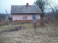 Продаётся дом смоляниново. Смоляниново, р-н шкотовский, площадь дома 40 кв.м., скважина, электричество 8 кВт, отопление твердотопливное, от частного...