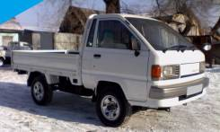 Toyota Lite Ace. 4WD, борт 1 тонна, 1 800 куб. см., 1 000 кг.