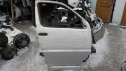 Дверь правая передняя в сборе Toyota Hiace Regius, KCH40