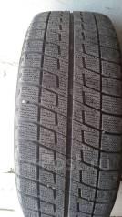 Bridgestone Blizzak Revo. Зимние, без шипов, 2006 год, износ: 10%, 2 шт