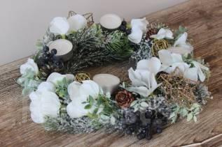 Новогодний еловый венок - новогодний декор! Цветы из силикона, посмотри