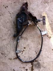 Педаль ручника. Toyota Prius, ZVW30, ZVW30L Двигатель 2ZRFXE