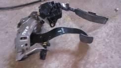 Педаль тормоза. Nissan Presage, TNU31