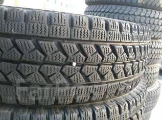 Bridgestone. Зимние, без шипов, 2015 год, износ: 5%, 2 шт