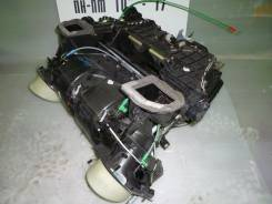 Корпус радиатора отопителя. BMW 5-Series, E39 BMW X5, E53 Двигатели: M54B25, M54B22, M51D25, M52B25, M52B20, M54B30, M47D20, M57D25, M52B28, M62B44TU...