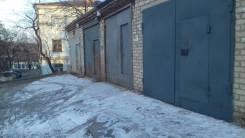 Гаражи капитальные. Сахалинская 8, р-н Тихая, 26 кв.м., электричество, подвал.
