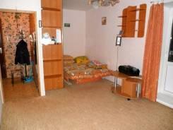 1-комнатная, улица Кирова 11. Вторая речка, частное лицо, 33 кв.м. Комната