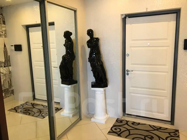 2-комнатная, улица Каплунова 6. Луговая, частное лицо, 108кв.м. Прихожая