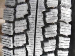 Goodyear Ice Navi Van. Зимние, без шипов, 2004 год, износ: 10%, 2 шт