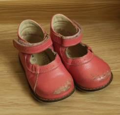 Туфли для девочки 20 р.