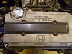 Крышка свечных колодцев под карбон (оригинал) Honda B16A B18B B18C. Honda: CR-X del Sol, Civic Ferio, CR-X Delsol, Civic, CR-X, Orthia, Domani, Integr...