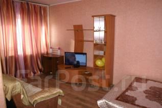1-комнатная, улица Суханова 11. Центр, 32 кв.м. Комната