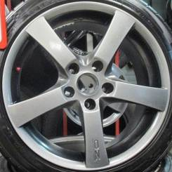 OZ Racing Hydra. 8.0x17, 5x114.30, ET38, ЦО 72,0 мм.