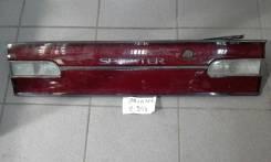 Вставка багажника. Toyota Sprinter, AE100