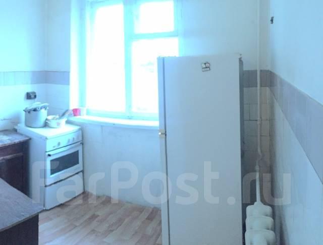 3-комнатная, проспект 100-летия Владивостока 100. Вторая речка, частное лицо, 60 кв.м. Кухня