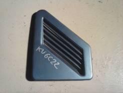Решетка воздухозаборника Nissan Largo