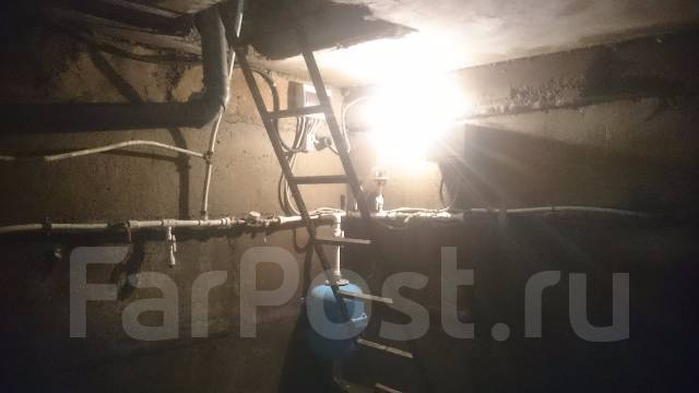 Боксы гаражные. улица Баляева 48а, р-н Баляева, 102кв.м., электричество, подвал. Вид изнутри