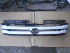 Решетка радиатора. Toyota Lite Ace Noah, SR50