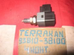 Концевик под педаль тормоза Hyundai Terracan 93810-38100