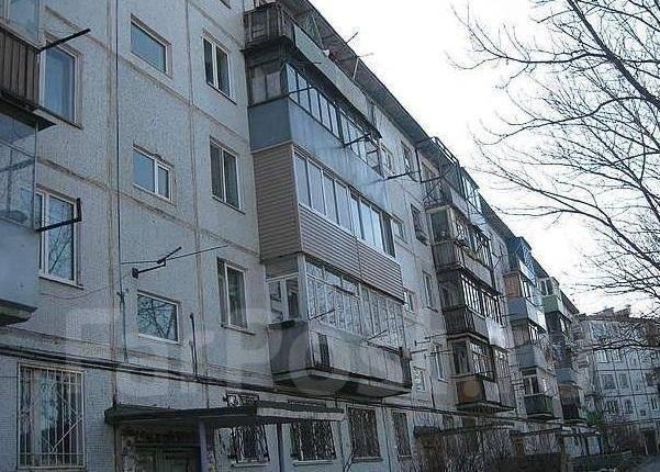 3-комнатная, улица Новожилова 33. Борисенко, агентство, 62 кв.м.