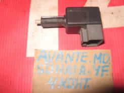 Концевик под педаль тормоза Hyundai Avante