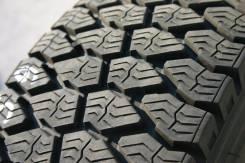 Dunlop SP 055. Зимние, без шипов, 2014 год, износ: 10%, 2 шт