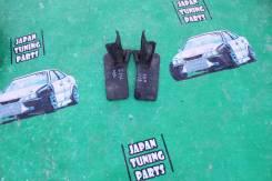 Брызговики. Toyota Corolla, ZRE142, NZE141 Toyota Corolla Fielder, NZE141, ZRE144, NZE144, ZRE142 Toyota Corolla Axio, ZRE142, NZE141, ZRE144, NZE144