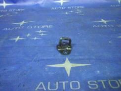 Замок крышки багажника. Subaru Outback, BP9, BP, BPE Subaru Legacy, BP5, BP9, BP, BPE Двигатели: EZ30, EJ25, EJ20X, EJ20Y, EJ253, EJ255, EZ30D, EJ203...