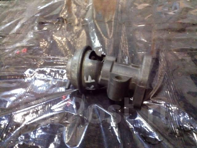 Клапан egr. Mazda: Cronos, 323, Proceed Levante, Bongo, Familia, Capella, Bongo Brawny, Efini MS-6, Eunos Cargo Двигатель RF