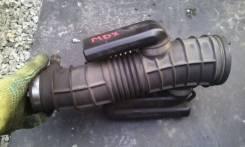 Патрубок воздухозаборника. Honda MDX, CBA-YD1, UA-YD1, YD1 Acura MDX Двигатель J35A